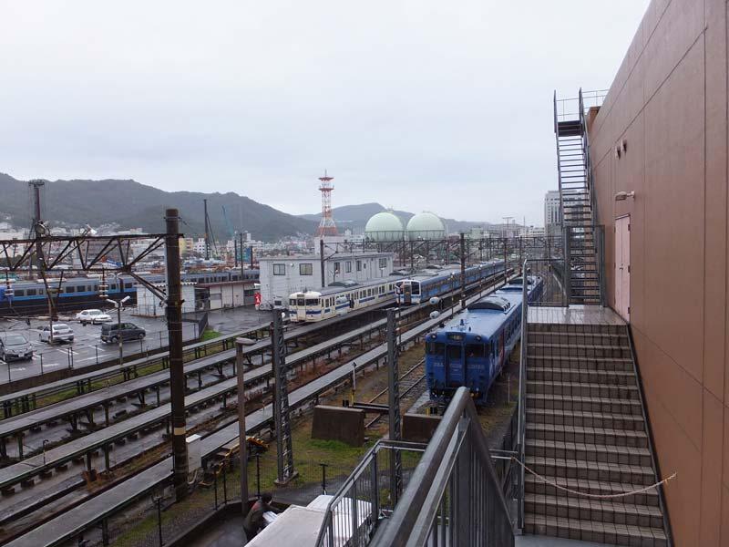 長崎駅に停車中の電車
