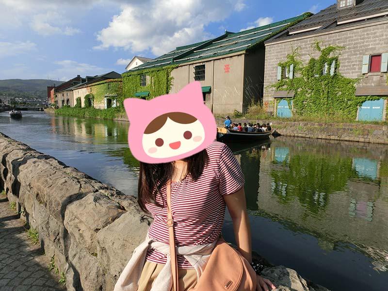 小樽運河の川辺から
