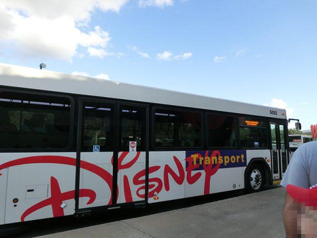 ハリウッドスタジオへのバス