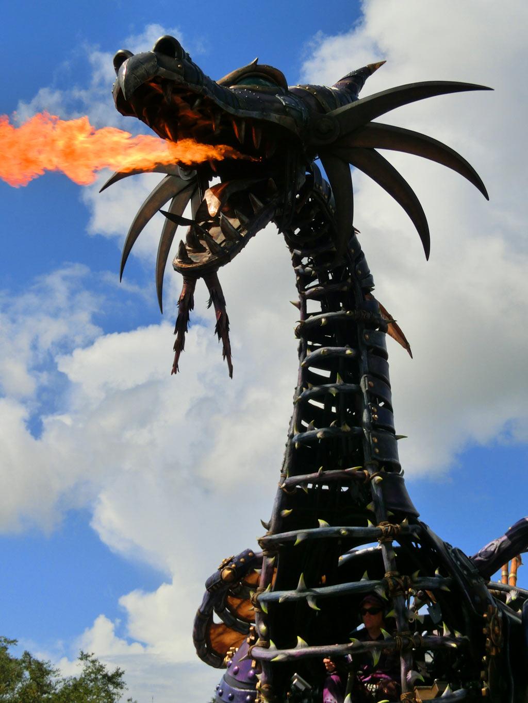 眠れる森の美女5 マレフィセントドラゴンが火を噴く