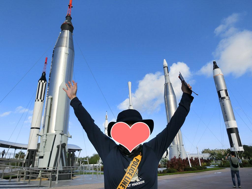 ケネディ宇宙センターで大興奮のゴジラくん